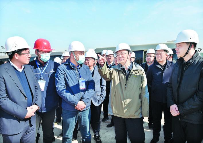 忻州市项目建设观摩检查组在宁武神池五寨观摩检查